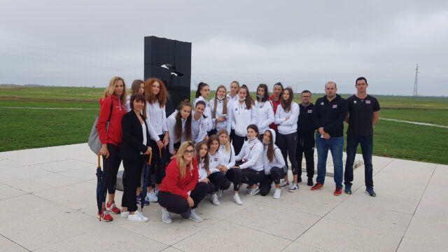 Juniorska reprezentacija Hrvatske u posjetu Vukovaru